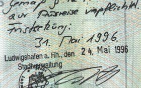 Germany – note in the passport of the deportation, 1996 post image