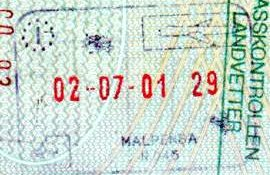 Italy – passport stamp, 2001 post image